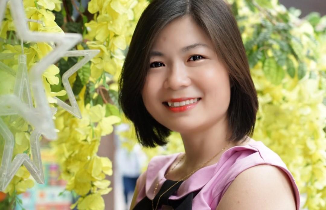 Chăm sóc da thảo dược Hồng Hạnh tái tạo da, bong da